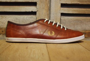 FREDPERRY HAYES LEATHER