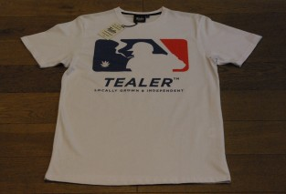 TEALER TEE HOME RUN