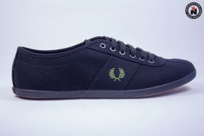 Fred Perry HAYES CANVAS